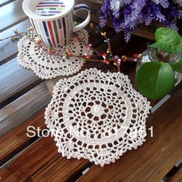 Wholesale Knitting Doily - Wholesale-Free shipping Beautiful flower design 18 cm cup mat pad cutout knitted plate placemat doily zakka fashion rustic heat pad 18cm
