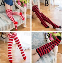 chaussettes à rayures blanches rouges Promotion 4colors Stripe bas Filles Mi-bas rouge noir blanc rayant chaussettes de Noël pour la famille adulte de l'adolescence correspondant look A08