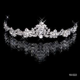 Wholesale Silver Queen Crown - NEW Bridal Tiaras Headbands Bling Silver Crystal Rhinestone Princess Crown Wedding Crowns Queen Bride Hair Accessories Die Krone Semicircle