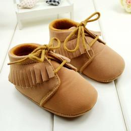 Argentina Los primeros zapatos de los caminantes de las borlas del algodón de los muchachos de las muchachas de los bebés calzan el envío libre 12pcs = 6pairs Suministro