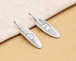Wholesale Two Tone Chain Necklace - Brand new 925 sterling silver fashion jewelry anti silver with Gold two tone plating eagle's eye and feather necklace pendant without chain