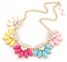 Wholesale Collar Women Exaggerated - Exaggerate Fashion Collar Chokers Waterdrop Acrylic Statement Necklace With Crystal Rhinestone Women Wedding Jewellery S98148