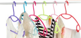 Wholesale Colorful Clothing Racks - The colorful candy colored plastic rainbow clothes hanger clothes rack clothes hanger hanger hanger