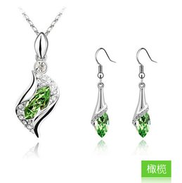 Wholesale Aqua Crystal Necklace - 2014 Woman Crystal Jewelry Set Fashion Austria Crystal Pendant 925 Sterling Silver Earring Jewelry 7 Colors Lady Jewelry YDH256