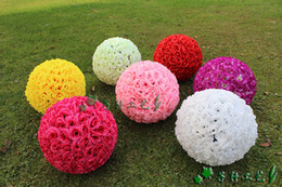 Wholesale Wholesale Kissing Balls New - 16 Inch 40CM New Artificial Encryption Rose Silk Flower Kissing Balls Hanging Ball for Christmas Ornaments Wedding Party Decorations bouquet
