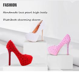2019 zapatos de la boda de raso de marfil vuelos Zapatos de boda de tacón alto de 3 colores perla flor de encaje zapatos de novia plataforma impermeable zapatos de vestir 7 tipos de opciones de altura