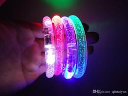 NOUVEAU Glow stick Fluorescent Bracelets pour Concert LED lumière Sticks bricolage cadeau jouets Halloween Célébration Festivités Acrylique Bracelet 600 P HOT8 ? partir de fabricateur