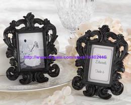 30 adet Siyah Veya Beyaz Renk Süslü Barok Tarzı Fotoğraf Resim Çerçevesi Düğün Parti Masa Duvar Kartı Tutucu Hediye nereden