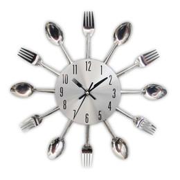 2019 panneau marcheur Nouvelle Mode Moderne Cuisine Horloge Murale Sliver Couverts Horloges Cuillère Fourchette Creative Stickers Muraux Mécanisme Design Décorations pour La Maison
