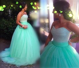 Wholesale Shimmer Dresses - 2015 Shimmering Mint Green Ball Gown Prom Dresses with Rhinestone Beaded Sweetheart Sleeveless Tulle Court Train Evening Party Gowns 2016