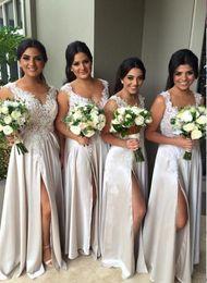 2019 cinturones de boda azul cielo 2018 Nueva Joya Cuello Illusion Elegent Vestido de dama de honor Apliques Cuentas de encaje Vestido de dama de honor Vestido de dama de Honor Vestidos de dama de honor Split
