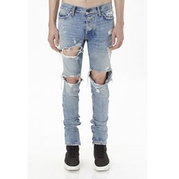 Wholesale Great Flying - 17FW FEAR OF GOD Washed Great Destruction Zipper Hole Jeans Fashion Men Tricolor Bieber Knee Hole Trousers High Street HFYTKZ013