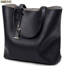 Wholesale New Fashion Bolsas - 2017 New Fashion Woman Shoulder Bags Famous Brand Luxury Handbags Women Bags Designer High Quality PU Totes Women Mujer Bolsas