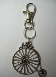 Wholesale Bone Clips - 10PCS Fashion Vintage Silver Swivel Clasp Clip Bicycle Charms Keychain Ring For Keys Car DIY Bag Key Chain Jewelry Gift DIY S197
