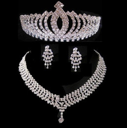 Wholesale Peacock Plates - 2017 9Styles Hot sell Three-piece Bridal Accessories Tiaras Hair Necklace Earrings Accessories Wedding Jewelry Sets Hot