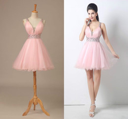 Wholesale homecoming red bead - Pink Tulle Short Homecoming Prom Dresses 2018 V-Neck A-Line Backless Mini Dress With Beads Crystal Party Pageant Dresses