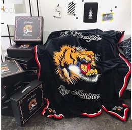 Wholesale Portable Beds Adults - Creative Design Tiger Head Black Solid Blankets 150*200CM Single Bed Flannel Blanket Fashion Christmas Gift Coral Fleece Blankets