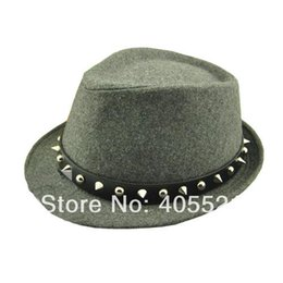 Wholesale Wholesale Spiky Caps - Wholesale-New Fashion Fedora Trilby Gangster Cap Wool Felt Panama Hat With Spiky Rivets Unisex