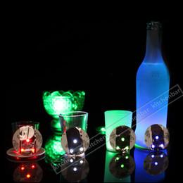 balcão de bar atacado Desconto 2017 Frete Grátis LED Flash bebendo itens Cocktail Bar Usado LED Cup Coaster mini LED Cup Mat Natal Presente -Y