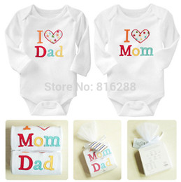 Wholesale Baby Clothes I Love Mom - 2PCS Brand Baby Rompers I Love Mom I Love Dad Long Sleeve Baby Romper Cotton White Letter Baby Boy Girl Clothing