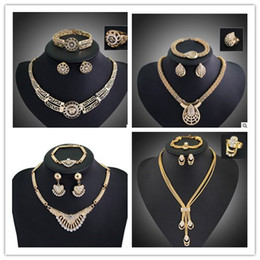 Wholesale Gold Plated Jewelry 18 K - fashion 18 K gold plated jewelty set Necklace +bracelet +ring +eatting one set woman jewerly hot sale wedding jewelry