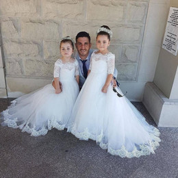 Wholesale Pure White Flower Girl Dresses - 2018 Princess Pure White Flower Girl Dresses Bateau Neckline Lace Appliqued Half Sleeves Tulle A Line Little Girl Party Dresses For Wedding
