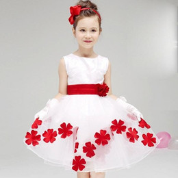 Wholesale Kids Bridesmaid Dresses Short - Elegant Baby Girls Birthday Gift White Flower Party Dress Cute Bow Infant Princess Kids Wedding Dress Girls Bridesmaid Clothing