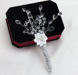 Wholesale Groom Brooch Boutonniere - Silver Rhinestone Simple Wedding Bridegroom Boutonniere Man Corsage Groom Party Prom Brooch Decorations Men Suit Accessories Cheap