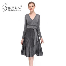 Wholesale High Cut Briefs - Wholesale- Donna Spring New Women Pleated Dress Long Sleeve Flare Hem Sexy Low-Cut V-Neck High Waist Knitted Dresses With Sashes L220S