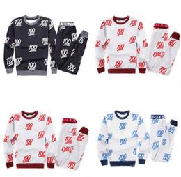 мужской модный спортивный костюм Скидка 2015 новый мужчины/женская спорт бег костюмы принт Emoji 100 мода костюмы пота рубашку + брюки 2 шт набор одежды бегунов