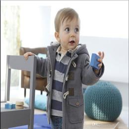 a7f9636fb Los bebés de los abrigos de invierno 2016 de algodón niños chaqueta con  capucha de color de la ropa de los bebés de 4 ropa de niñas de 2-7 años los  niños ...