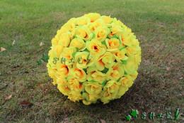 Nouveau 40 CM / 15.8 pouce Cryptage Artificiel Rose Soie Fleur boule Pendaison Boule pour les Ornements De Noël Décorations De Fête De Mariage livraison gratuite ? partir de fabricateur