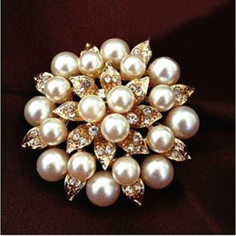 Wholesale Cz Pearl - Gold Plated High Quality CZ Diamond Crystal Flower Pin Brooch With Invory Pearl B249