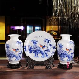 Wholesale Ceramic Vase Antique - 2016 Unique Jingdezhen porcelain ceramic three-piece vase and decor plate fashion vase home decoration and gift