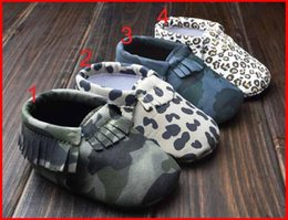 Wholesale Leopard Print Unisex Baby Shoes - 2015 Baby First Leopard moccs Baby Camo moccasins soft sole moccs leather camo leopard prewalker booties toddlers infants bow leather shoes