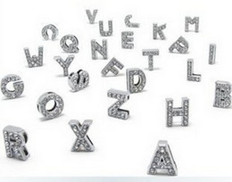 Argentina Alta calidad 260 unids / lote 8 MM diy letras desliza Bling con diamantes de imitación completos Alfabeto inglés apto para pulseras de cuero llaveros supplier rhinestone alphabet letters Suministro