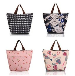Wholesale Cool Stuff Free Shipping - Flower Oxford Picnic Thermal Bag Neoprene Lunch Bag Food Cooler Bags Thermal Women Handbag Women Messenger Bags Free Shipping