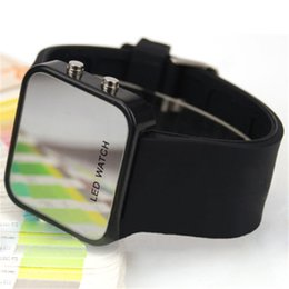 Wholesale Plastic Production Wholesale - Wristwatches LED watches sports watches LED watches Mirror material Manufacturers specializing in the production of LED WATCH wholesale