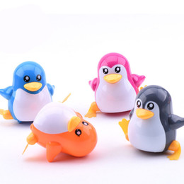Wholesale Wind Up Toys Free Shipping - Free Shipping 1 PIECES New Lovely Funny Children Kids Toy Walk Penguins Clockwork Wind Up Party Toy W20