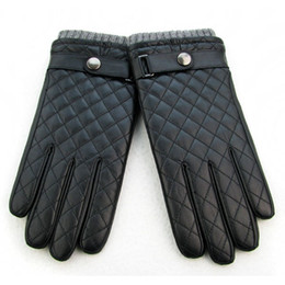 Wholesale Dimond High Quality - Wholesale-High Quality sheepskin genuine leather gloves male screw socket winter fashion plus velvet thicken thermal dimond plaid gloves