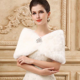 Wholesale Bolero Fur Shrug - Princess Faux Fur Bridal Shrug Wrap Cape Stole Shawl Bolero Jacket Coat Crystal For Winter Wedding Bride Bridesmaid Dresses Real Image 2015