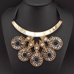 Wholesale Resin Neon Necklace - 2015 Bohemia Style Bending Alloy Neon Color Resin Rhinestone Big Pendant Bib Collar Necklaces Statement Clothes & jewelry #2158