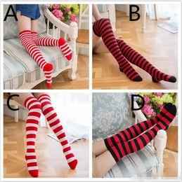 chaussettes à rayures blanches rouges Promotion 4colors bas à rayures pour filles Chaussettes de Noël à rayures blanches noires haut-bas, rouges-noires, pour un look de famille B11