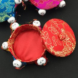 Wholesale Luxury Favor Candy - High End Handicrafts Decorative Small Round Favor Candy Boxes Chinese style 6 people Luxury Silk Brocade Packaging 10pcs lot mix color Free