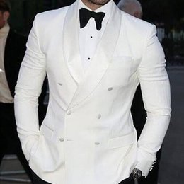 Wholesale Double Breasted Suit Men - White Wedding Groomsmen Tuxedos 2018 Double Breasted Trim Fit Groom Suit Two Piece Men Suits (Jacket + Pants)