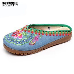 Wholesale Islamic Canvases - Women Slippers Summer Vintage Nepal Islamic Travel National Embroidered Boho Chinese Flower Sandals Shoes For Woman Plus size 43