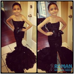 Wholesale Blue Mermaid Strapless Wedding Dress - Chic Strapless Black Mermaid Lace Appliques With Split 2016 Flower Girls Dresses With Sash Little Girls Pageant Dress