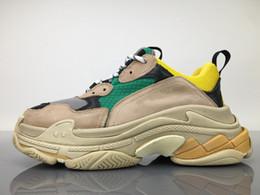 Wholesale Men S Soccer Shoes - 2017 Best Quality Unveils New Triple S Sneakers Best Fashion Spec Trainers,women&men Tripe-S retro Training Sneakers Shoes size EUR 36-45