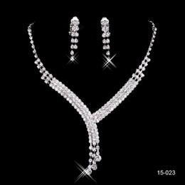 diamantes de imitación brillantes Rebajas 150-23 plata brillante conjuntos de collar aretes boda de la novia del desfile del Rhinestone La joyería para la joyería nupcial del partido