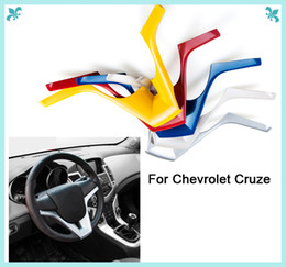 Cubre volante chevrolet online-VENTA CALIENTE ABS volante Squins Cover Sticker caso para 2009 a 2013 para Chevrolet Cruze Sedán Accesorios